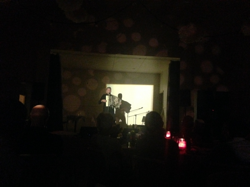 Mikelangelo plays Cave Waits and Cohen in Cheshunt
